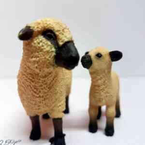 Schleich ovca (5)||Schleich ovca (1)||Schleich ovca (2)||Schleich ovca (3)||Schleich ovca (4)||Schleich ovca (6)