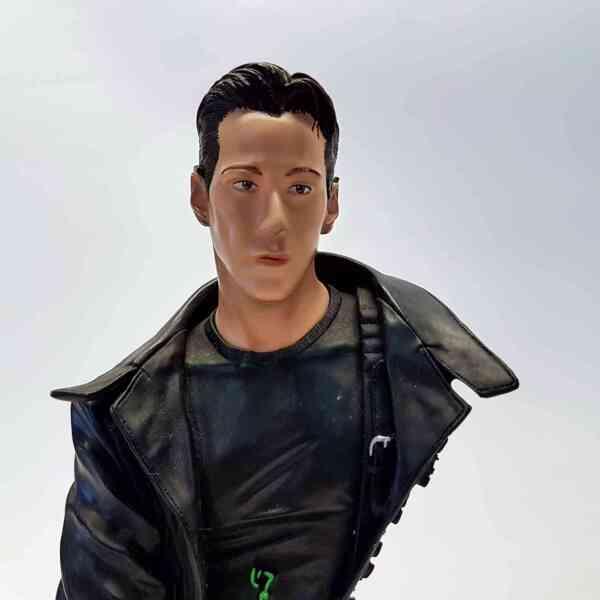 Kolekcionarska figura Neo Matrix (3)||Kolekcionarska figura Neo Matrix (1)||Kolekcionarska figura Neo Matrix (2)||Kolekcionarska figura Neo Matrix (4)