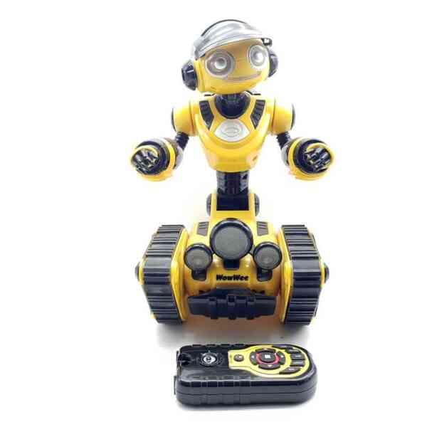 WowWee-robot-Roborover-2