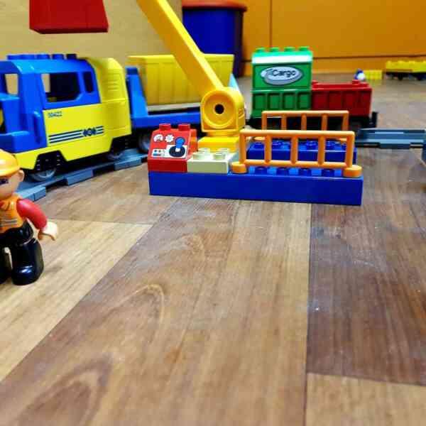 LEGO-DUPLO-VOZ-DELUXE-TRAIN-SET-3772-2