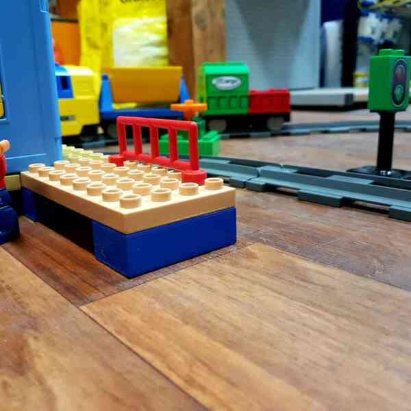 LEGO-DUPLO-VOZ-DELUXE-TRAIN-SET-3772-3