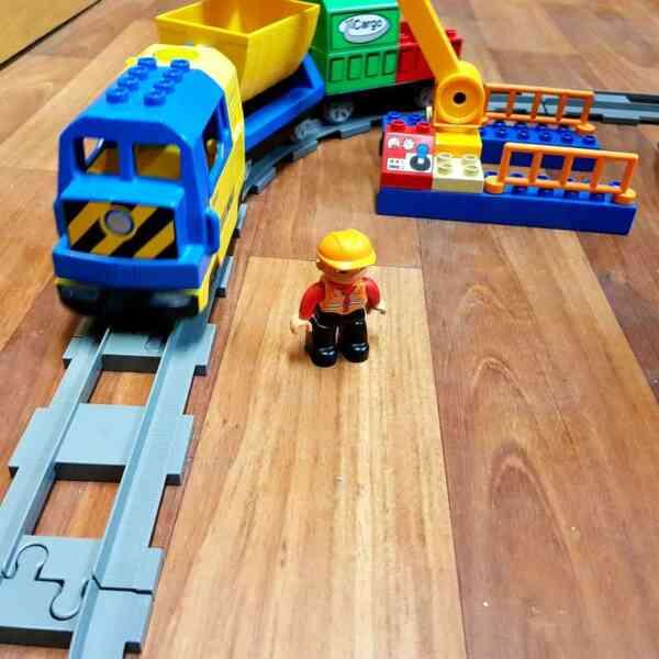 LEGO-DUPLO-VOZ-DELUXE-TRAIN-SET-3772-4