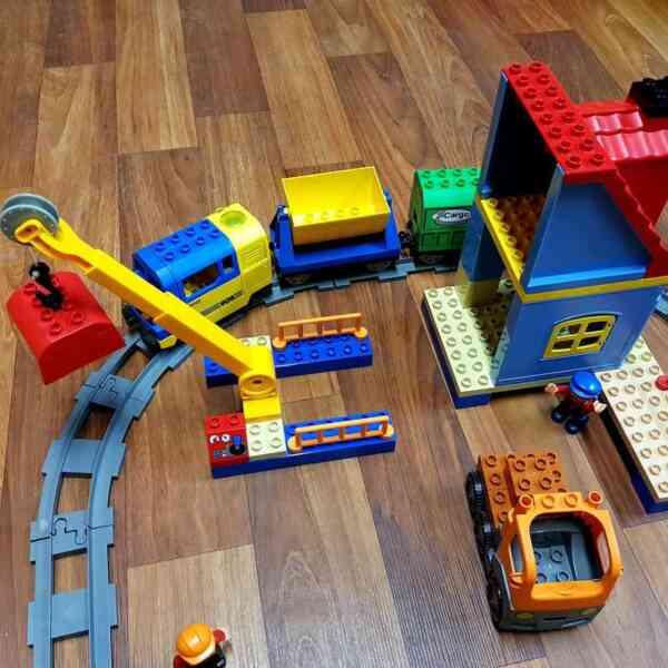 LEGO-DUPLO-VOZ-DELUXE-TRAIN-SET-3772-8