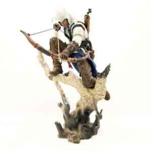 Statua-Assassins-Creed-3-kolekcionarska-figura-1