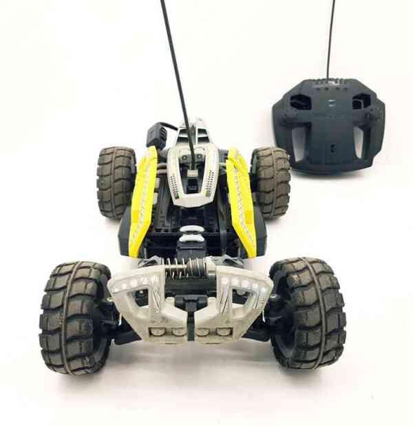 Lego-RC-auto-na-daljinski-Dirt-Chrusher-4