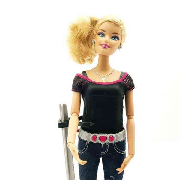 Lutka-Barbi-sa-kamerom-1