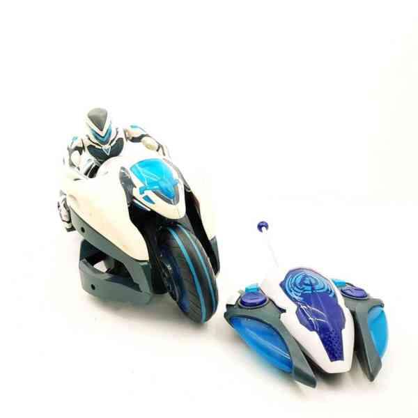 Max-Stell-na-motoru-sa-daljinskim-1