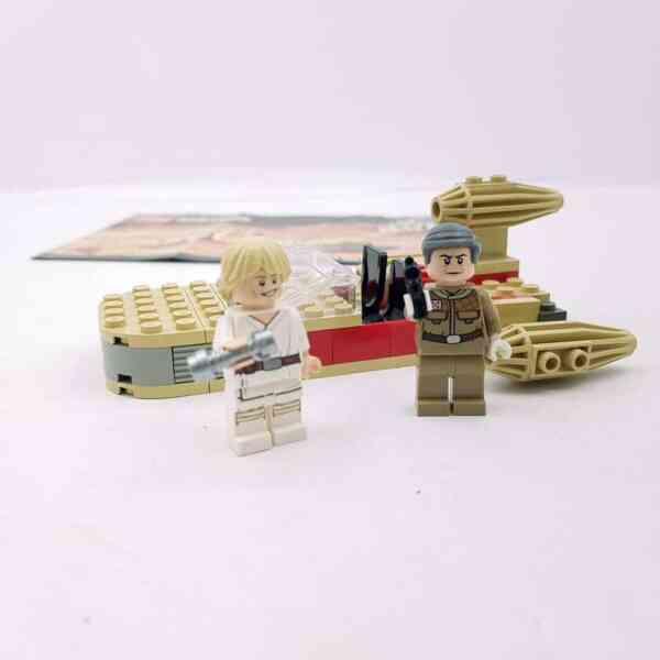 Lego-systerm-Star-Wars-7110-Landspeeder-6