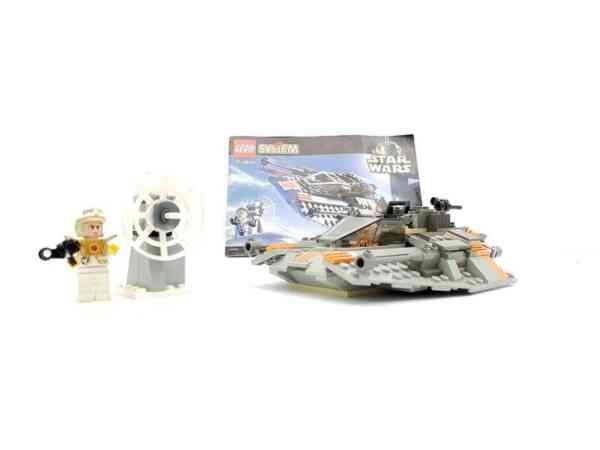Lego-systerm-Star-Wars-7130-Snowspeeder-2