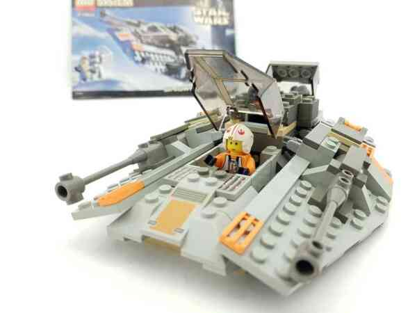 Lego-systerm-Star-Wars-7130-Snowspeeder-7