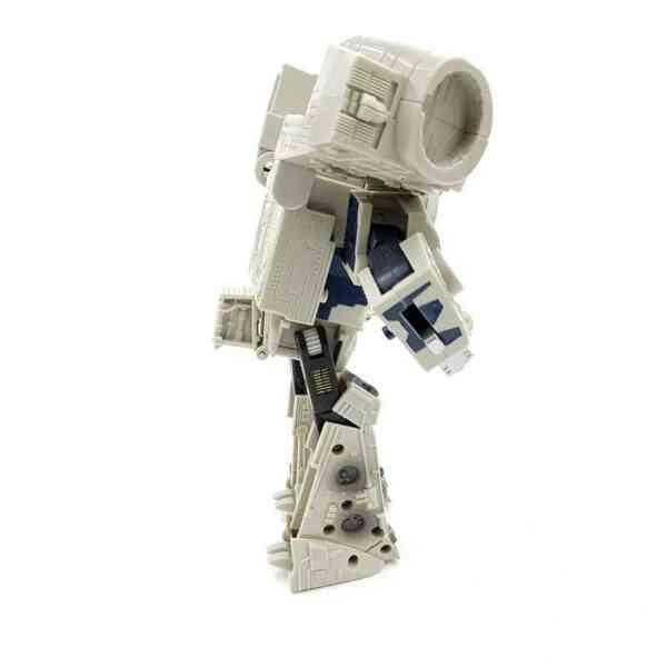 Star-Wars-Transformers-Millennium-Falcon-Action-Figure-2006-Hasbro-1