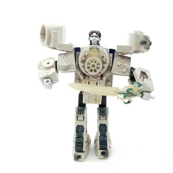Star-Wars-Transformers-Millennium-Falcon-Action-Figure-2006-Hasbro-2