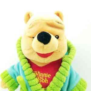 Medved Vini Pu u bade mantilu (3)||Medved Vini Pu u bade mantilu (1)||Medved Vini Pu u bade mantilu (2)||Medved Vini Pu u bade mantilu (4)