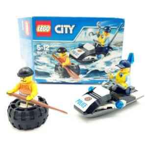 Lego City 6000 policajac na ski jetu i lopov u gumi (2)
