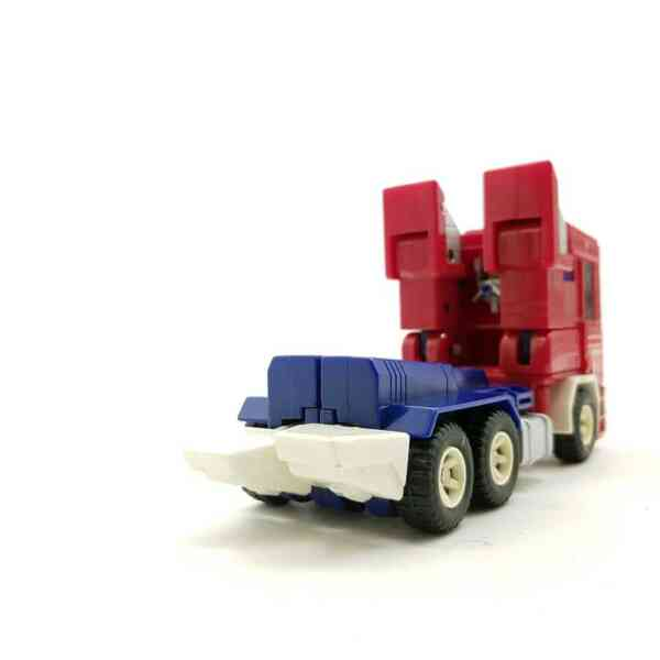 Transformers Optimus prime (4)