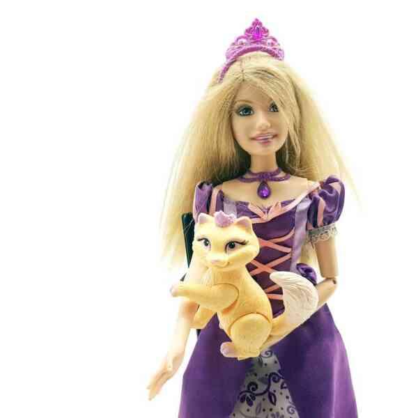 Lutka Barbie princeza sa mackom (6)