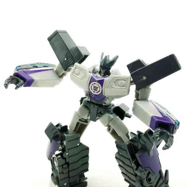 Transformers Robots in Disguise (4)
