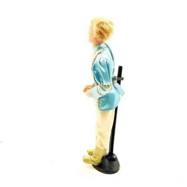 Barbie princ iz crtanog filma Rapunzel priča (2)