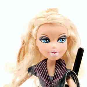 Lutka Bratz (3)