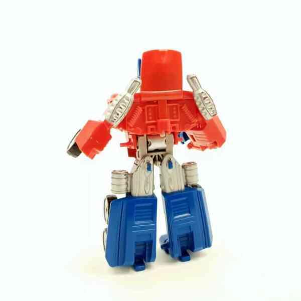 Optimus Prime kamion trasnformers (1)