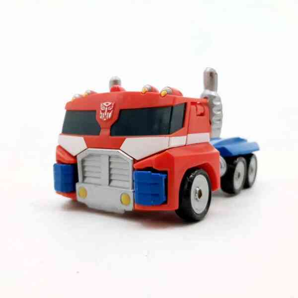 Optimus Prime kamion trasnformers (2)