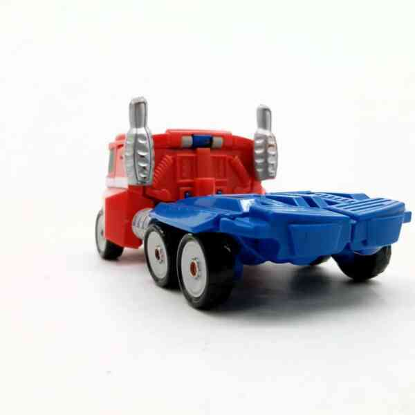Optimus Prime kamion trasnformers (3)