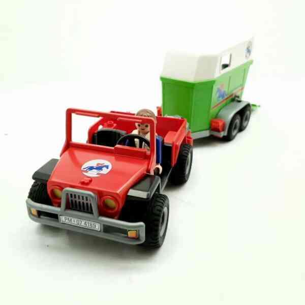 Playmobil džip i prikolica za konje (8)