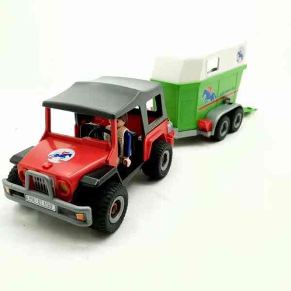 Playmobil džip i prikolica za konje (9)