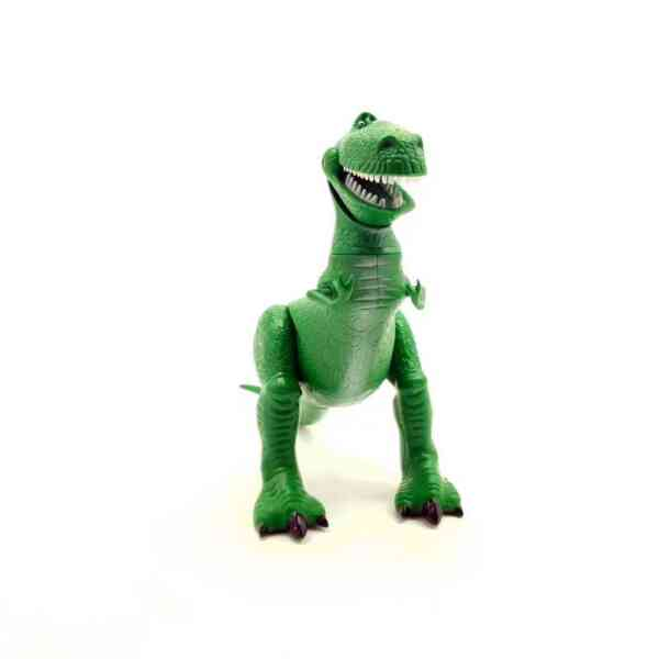 Dobri dinosaurus Pixar Disney (2)