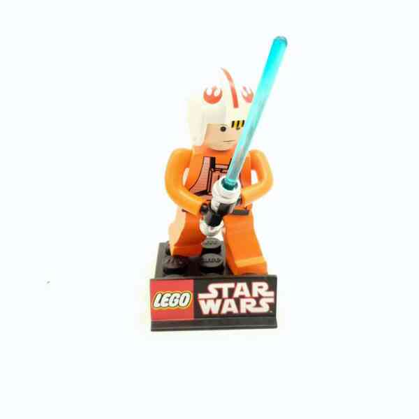 Lego Star Wars Luke Skywalker Limited Edition Maquete (5)