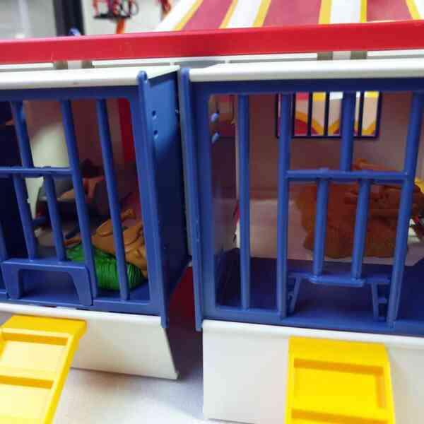 Playmobil cirkus 9 setova (13)