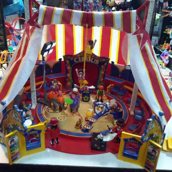 Playmobil cirkus 9 setova (16)