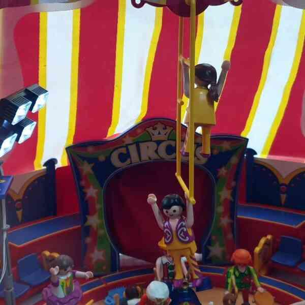 Playmobil cirkus 9 setova (19)
