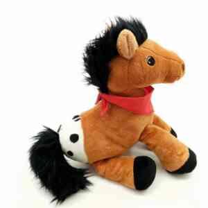 Plišana igračka konj (1)