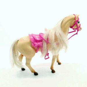 Barbie konj (1)