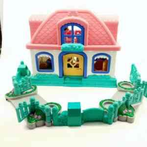 Kuća Little People Fisher Price (1)