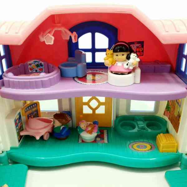Kuća Little People Fisher Price (3)