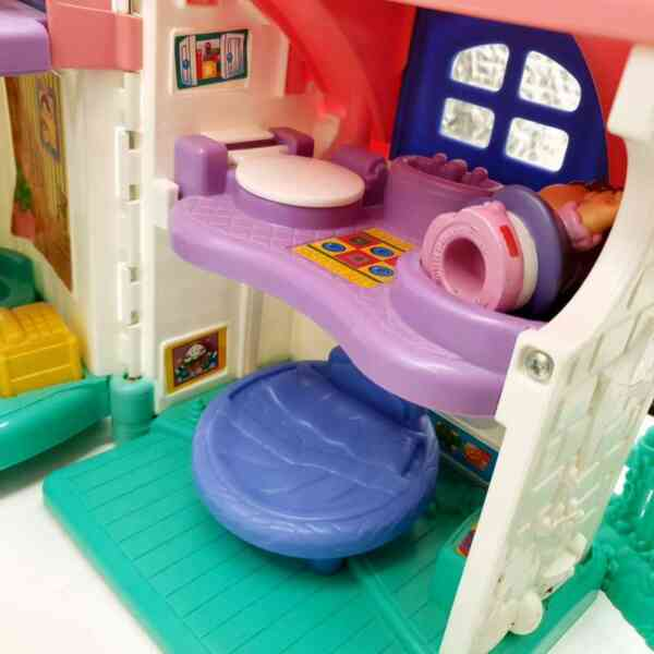 Kuća Little People Fisher Price (4)