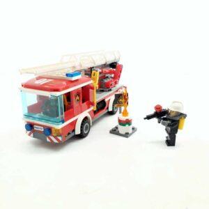 Lego 60107 vatrogasni kamion (2)
