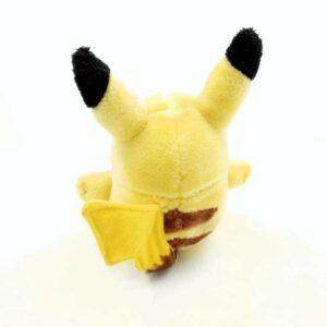 Plišana igračka pokemon Pikachu (1)