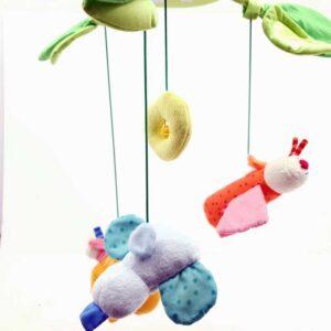 Plišana igračka vrteška za krevetić za bebe (2)