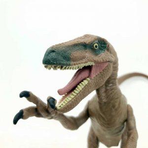 Dinosaurus Jurasic World 15 cm pomera ruke i noge (7)