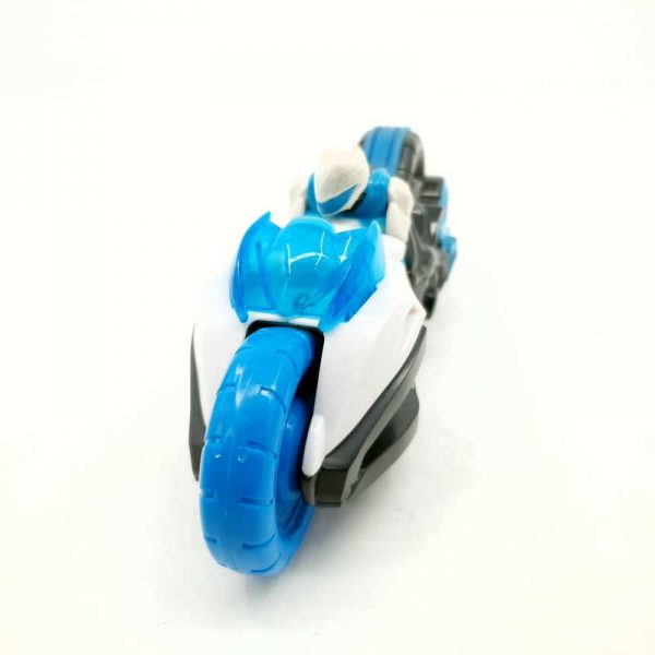 Figura na motoru Max Steel (3)