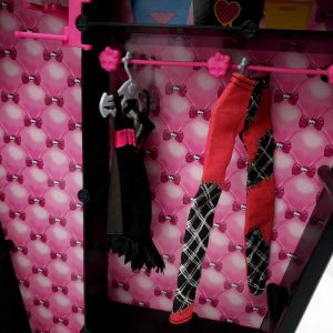 Nameštaj za lutke Ormar Monster High (7)