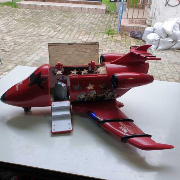 Avion Bratz na baterije (4)