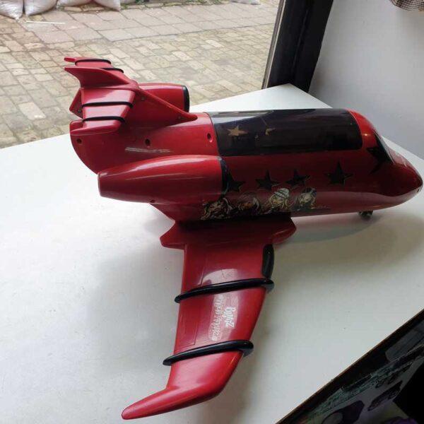 Avion Bratz na baterije (7)