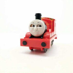 Lokomotiva voz James na potez pomera oči (3)