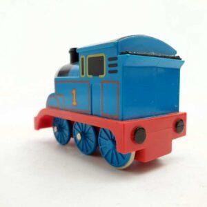 Lokomotiva voz Tomas na potez pomera oči (1)