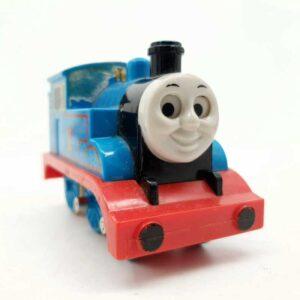 Lokomotiva voz Tomas na potez pomera oči (3)