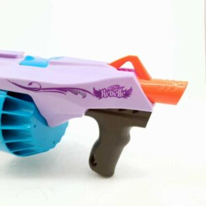Nerf Rebell puška na bateije (3)
